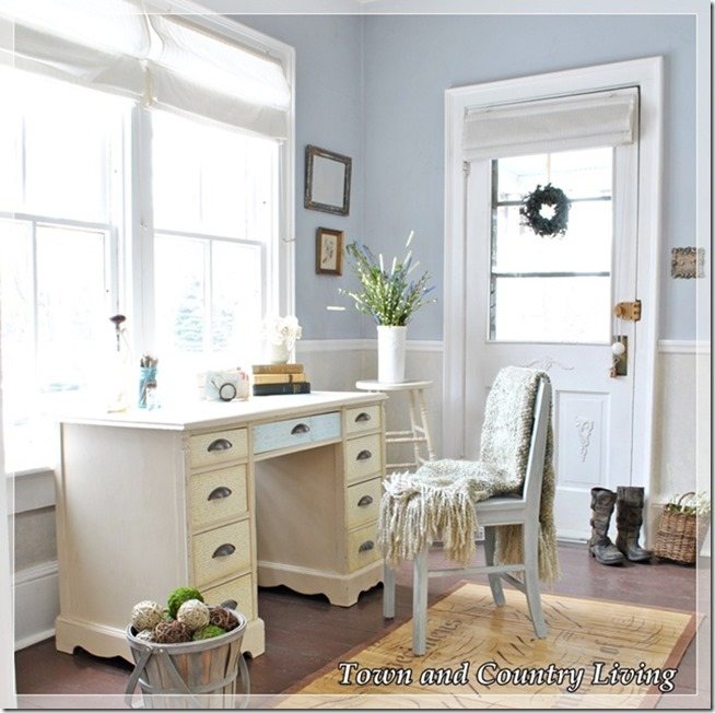 Town-and-Country-Living-Entry-Way