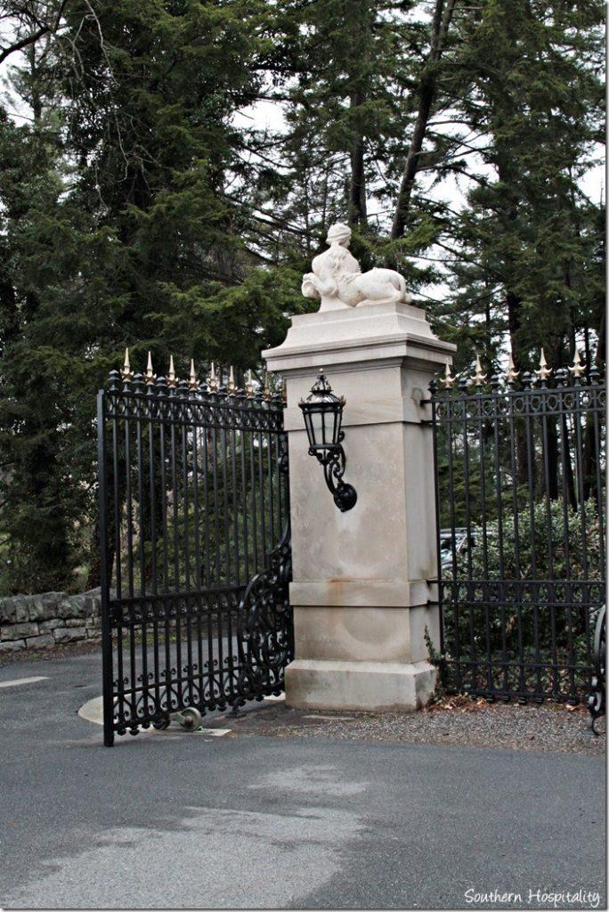 gate to Biltmore