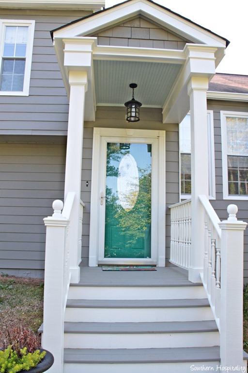 exterior paint makeover southern hospitality. Black Bedroom Furniture Sets. Home Design Ideas