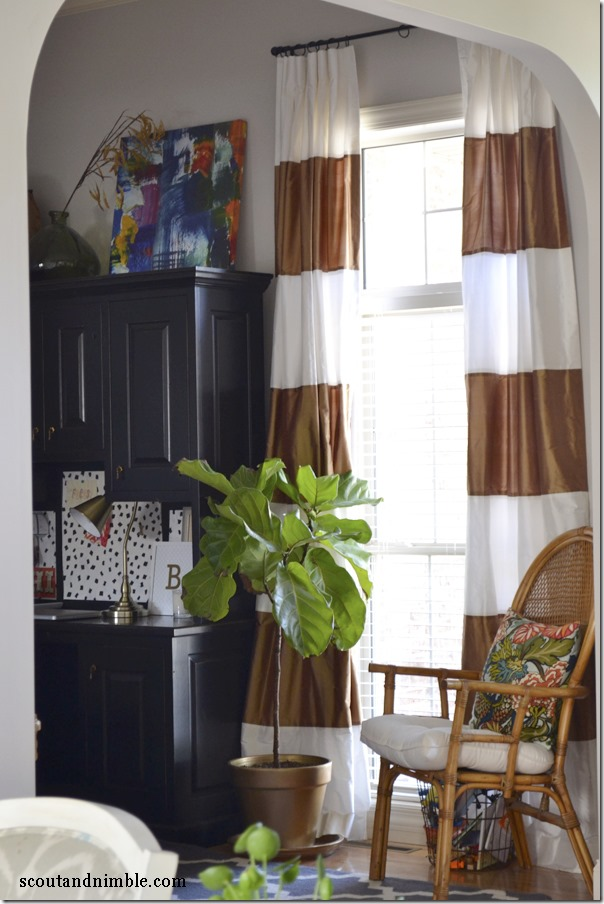 horizontal-striped-curtains