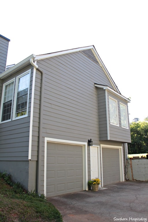 Exterior paint makeover southern hospitality for House with side garage