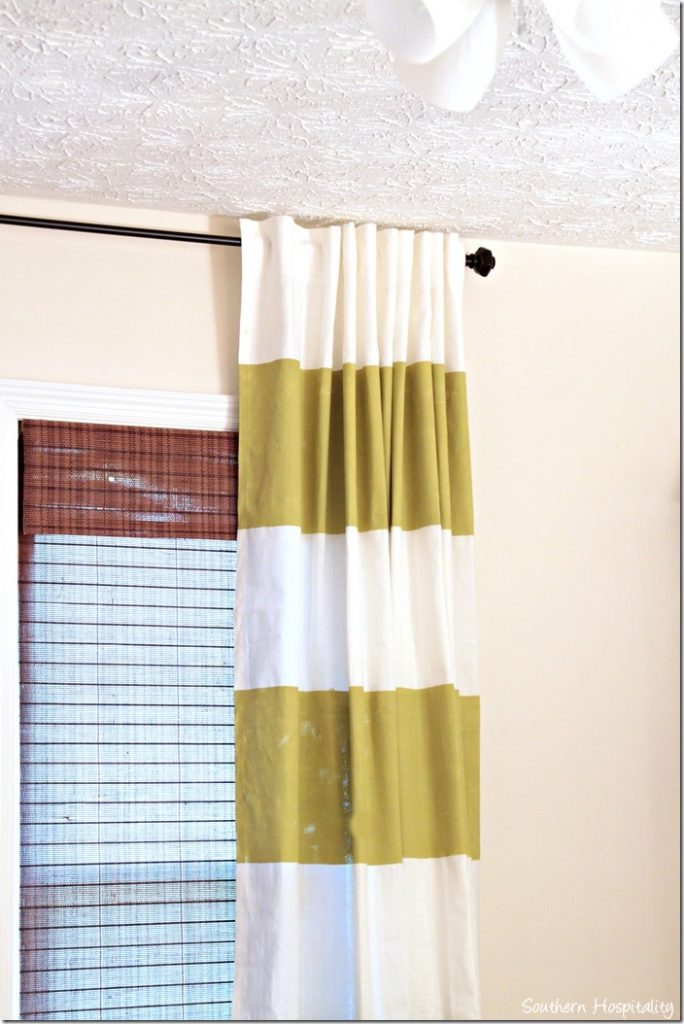 right striped curtain