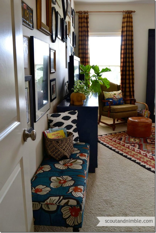 upholstered-bench-flower-fabric-1
