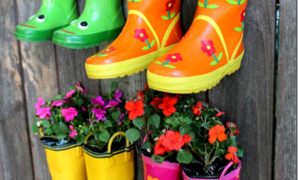 Rainboot-Garden-concord-cottage_thumb.png