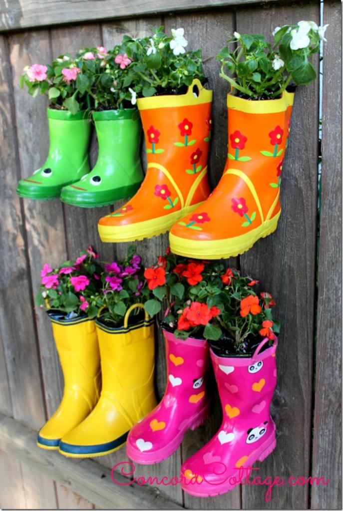 Rainboot-Garden concord cottage