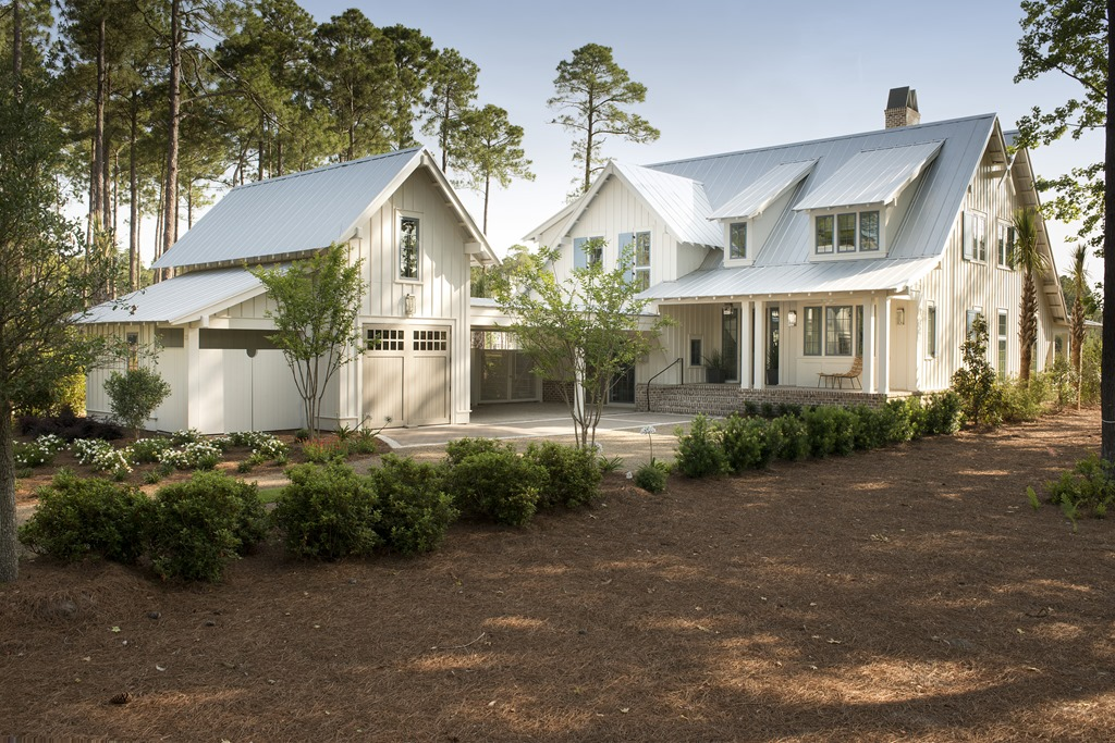 Southern living idea house palmetto bluff southern for Southern home plans designs