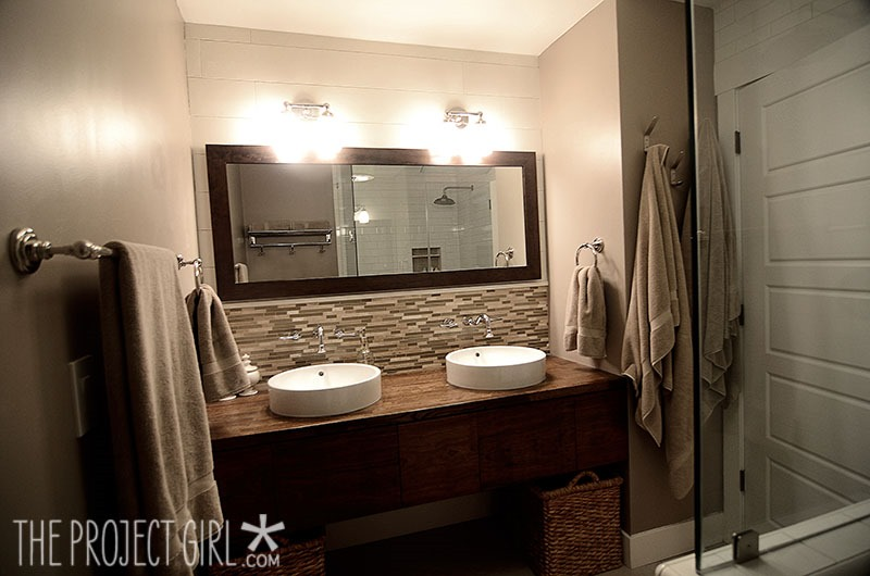 Feature friday the project girl southern hospitality for Warm bathroom colors