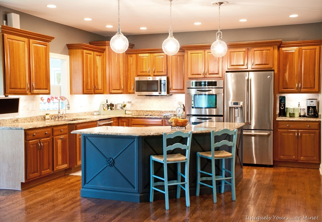kitchen-painted-island Painted Kitchen Island Ideas With Posts on kitchen island with support beams, kitchen column ideas, kitchen island design ideas,