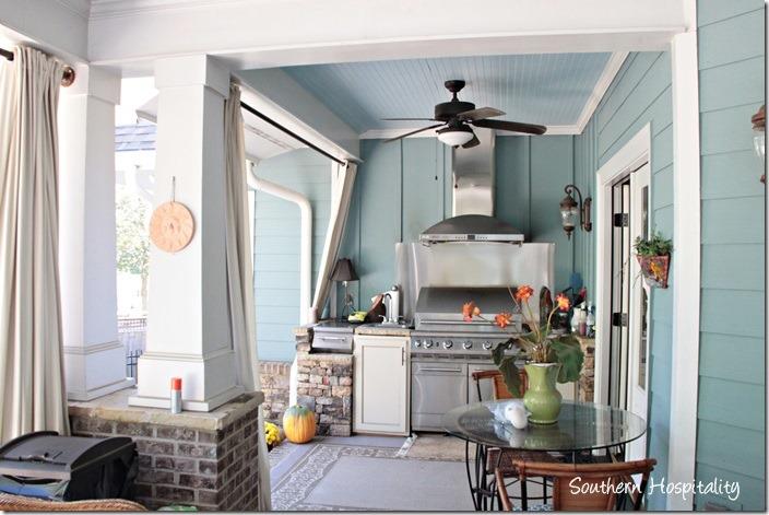 porch kitchen
