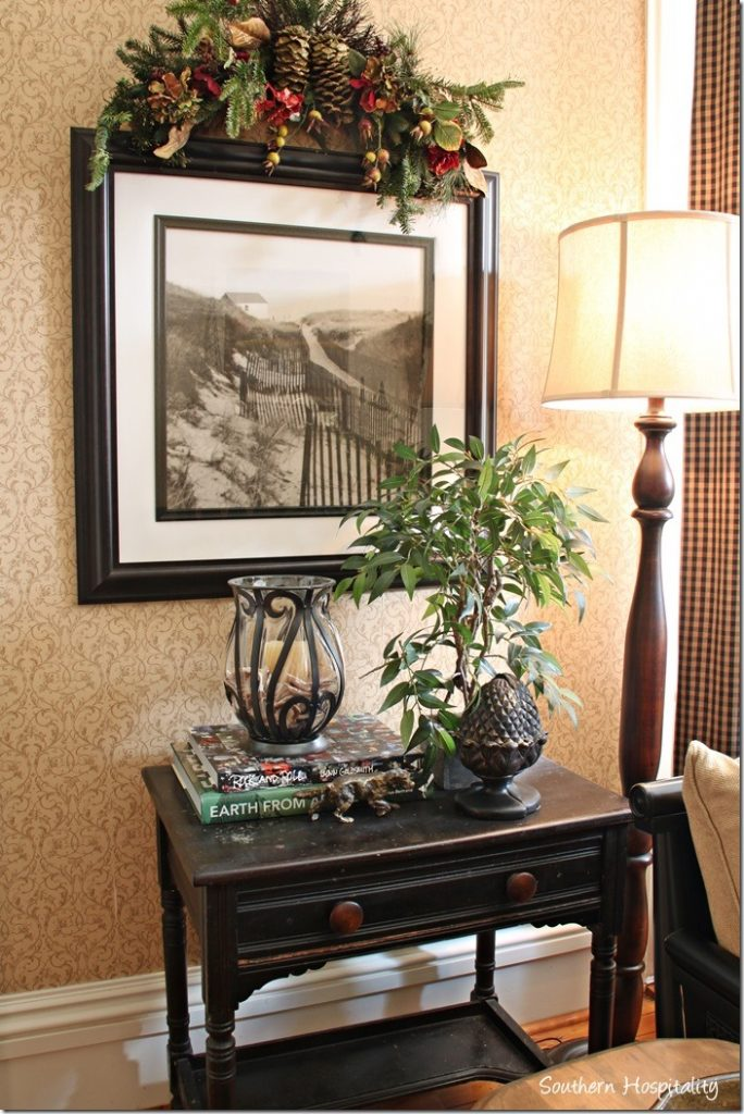 family room  desk