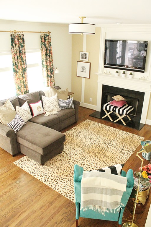 Living Room Feature Wall Decor: Feature Friday: Charming In Charlotte