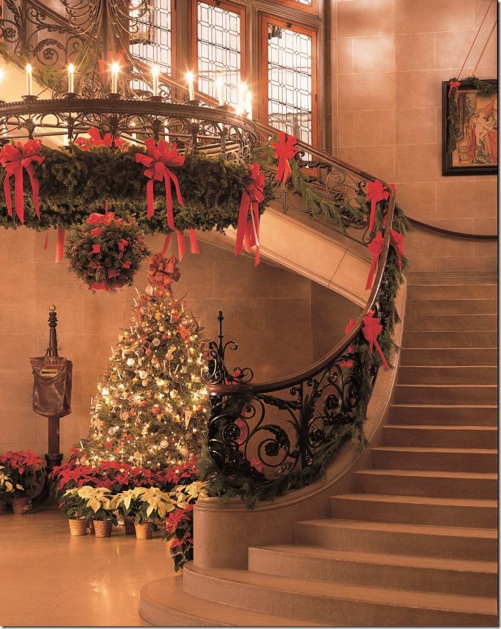 staircase_tree_garlandCMYK