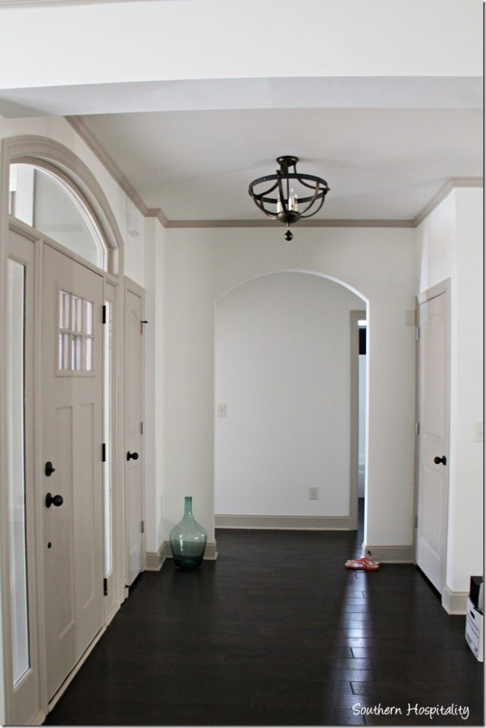 arch to bedrooms