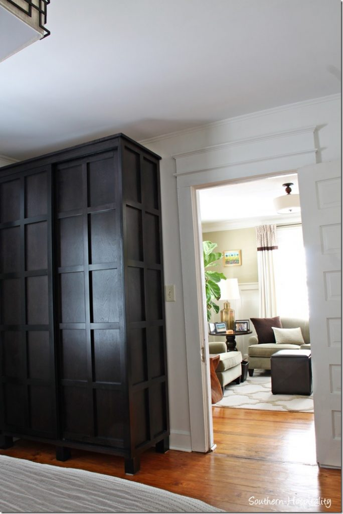 armoire in master