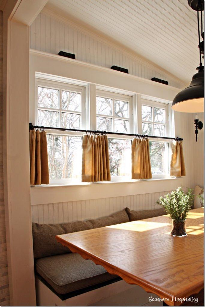 breakfast nook windows