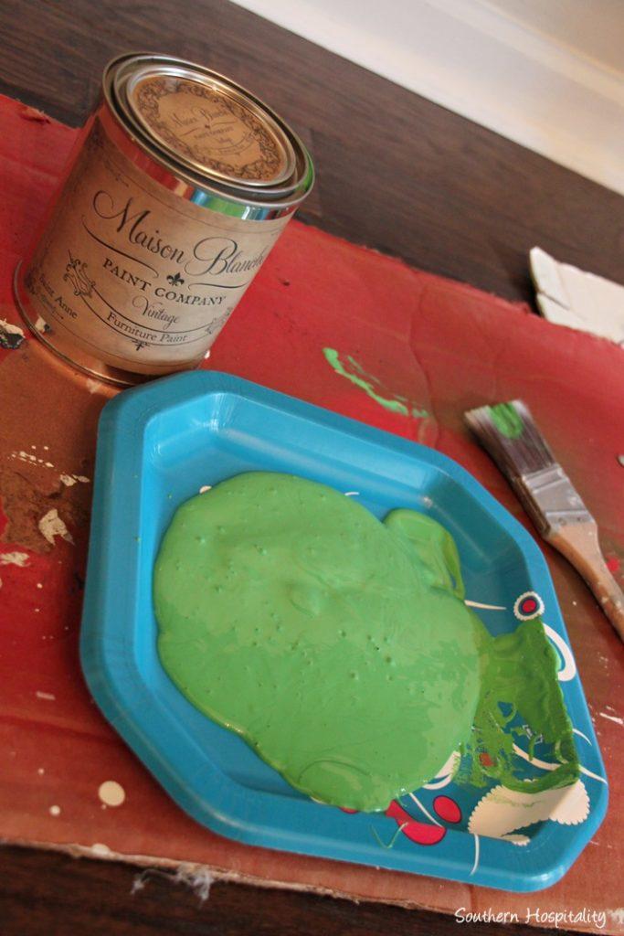 maison Blanche paint st anne
