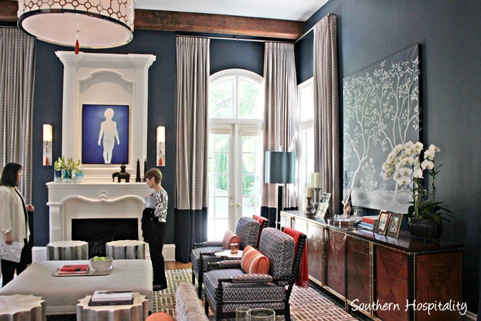 Aso decorators 39 show house 2015 southern hospitality for Vern yip bedroom designs