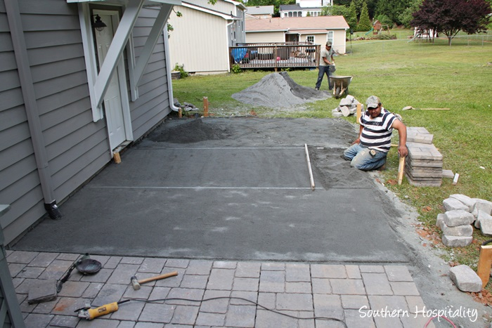 Paver Patio Project018_20150507