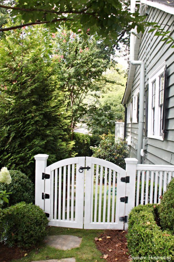 backyard paradise 032_20150723