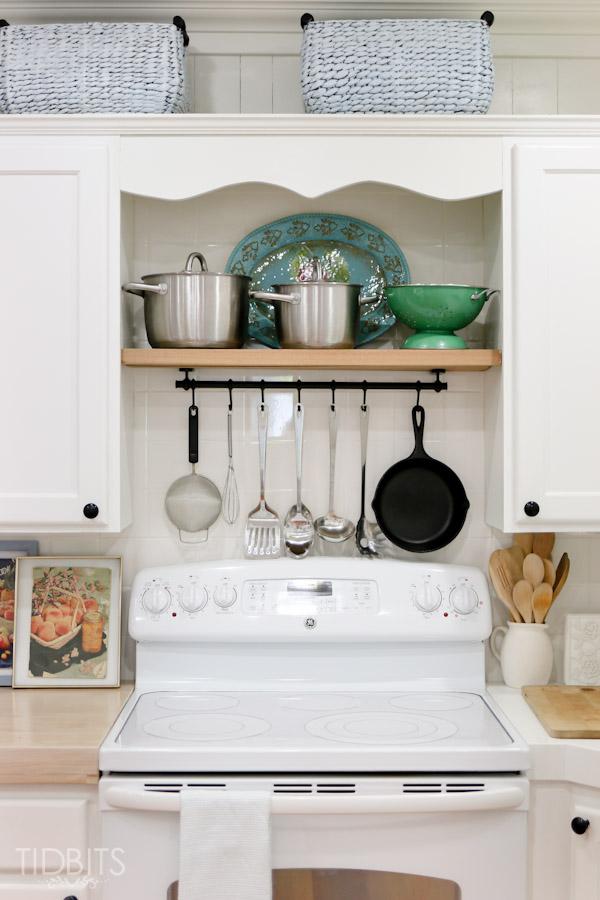 cottage-kitchen-tidbits-60