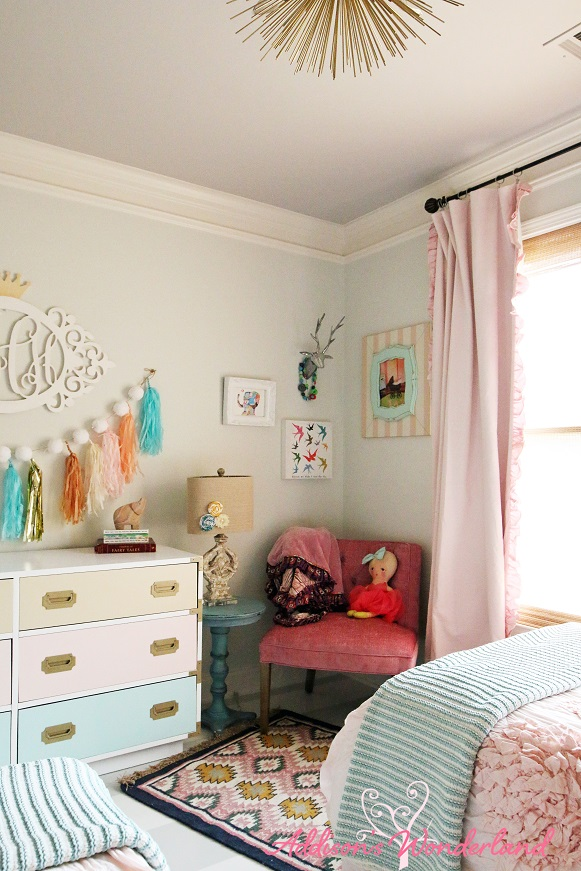 Winters-Big-Girl-Room-8L