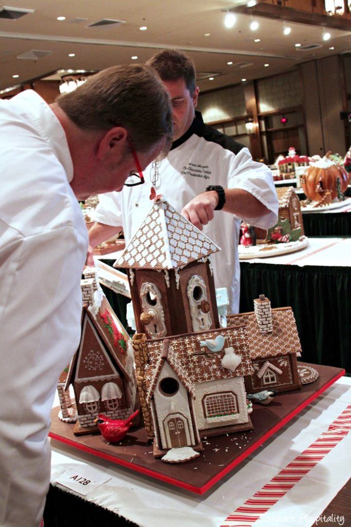 gingerbread house competition043