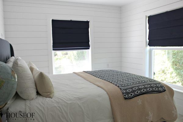 Surfs-up-teen-bedroom
