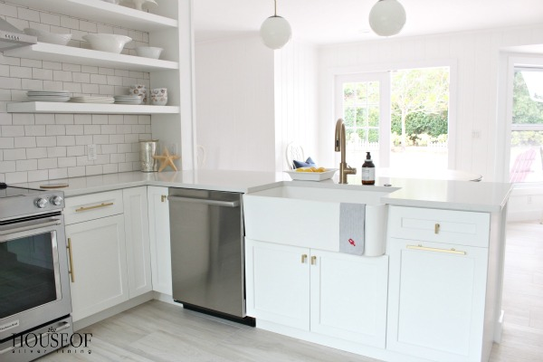beach-cottage-renovation-reveal-kitchen-29