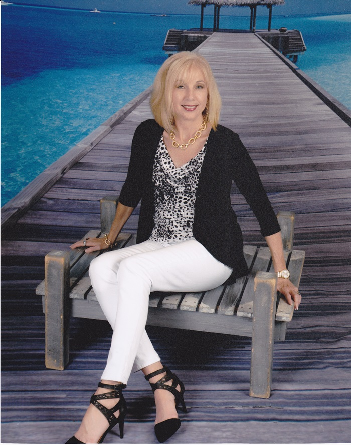Fashion over 50: Cruise Fashion