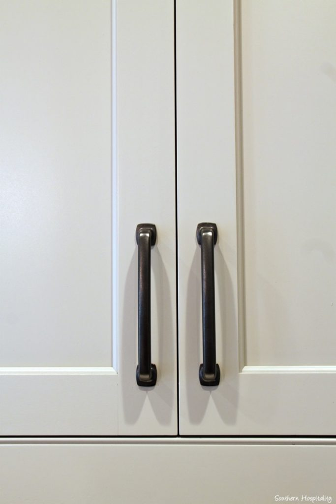 Feature friday modern farmhouse in atlanta southern for Farm style kitchen handles
