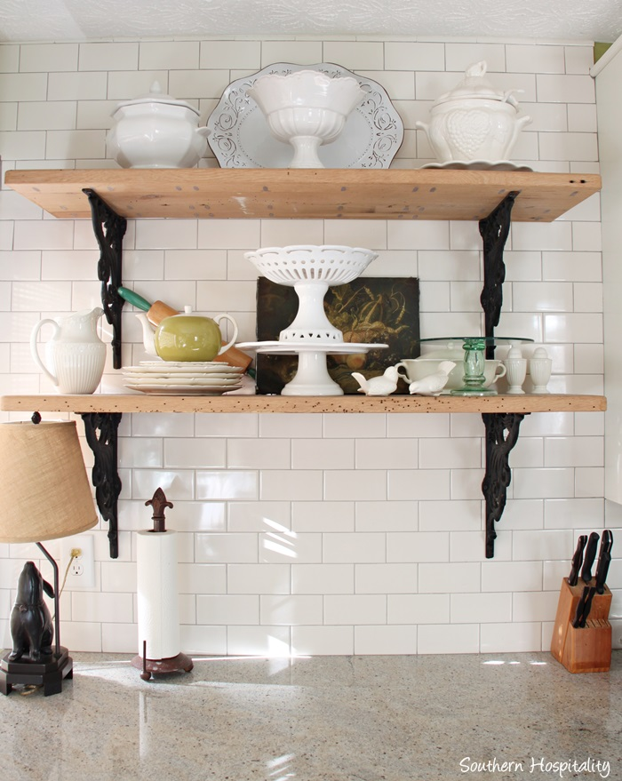 The Benefits Of Open Shelving In The Kitchen: Open Shelves In Kitchens
