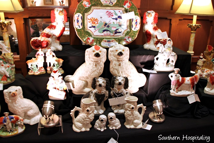 cathedral antiques show007