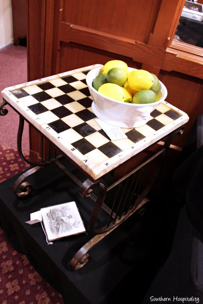 cathedral antiques show008