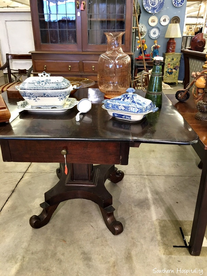scott antiques market048