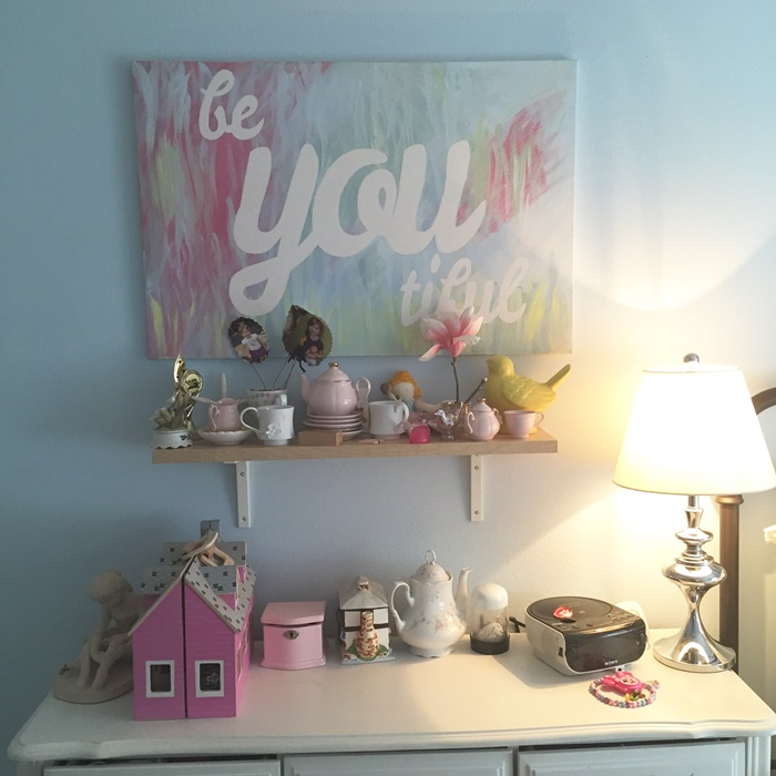 girls room art 2