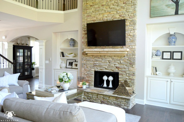 Feature friday kelley nan designs southern hospitality Living room built ins with fireplace