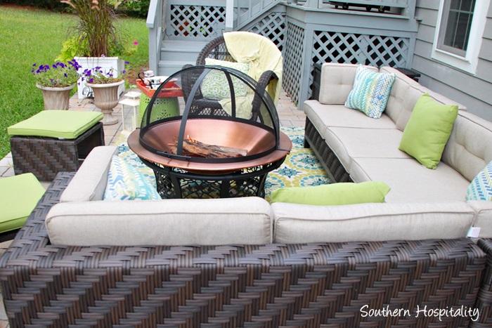 balsbackyard patio space021