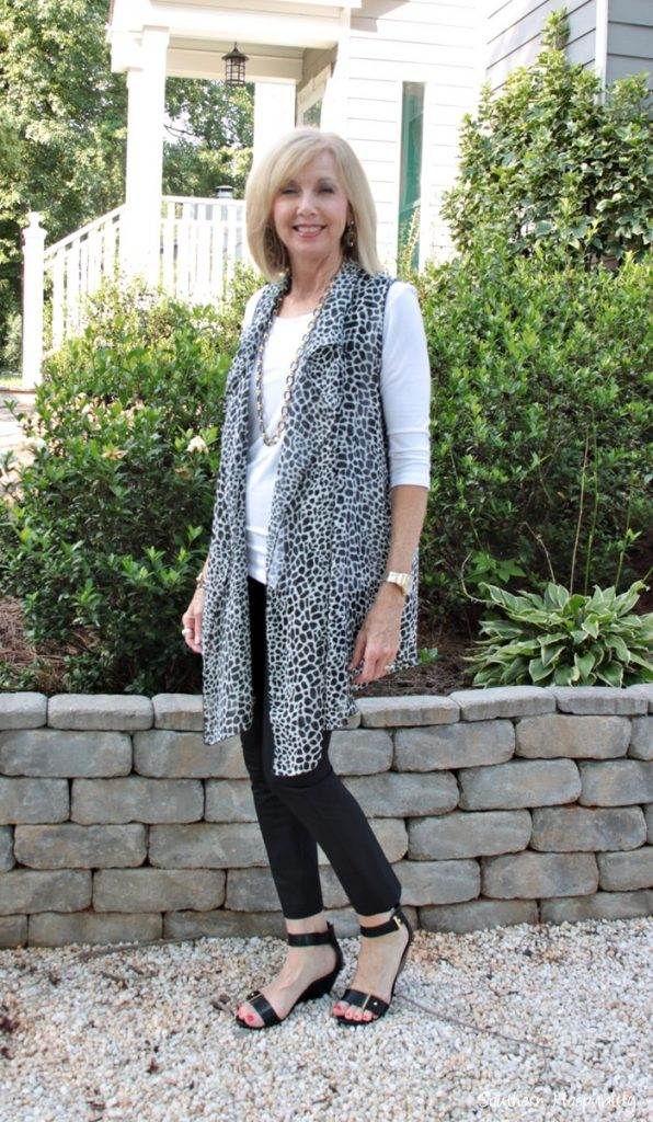 fashion over 50 covered perfectly vest001