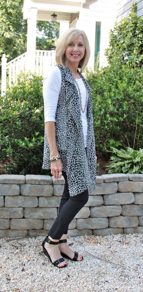 fashion over 50 covered perfectly vest002