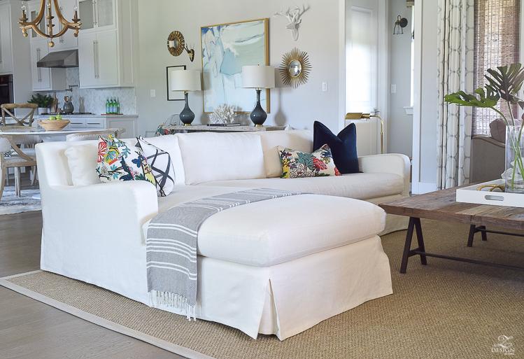 transitional-summer-living-room-3