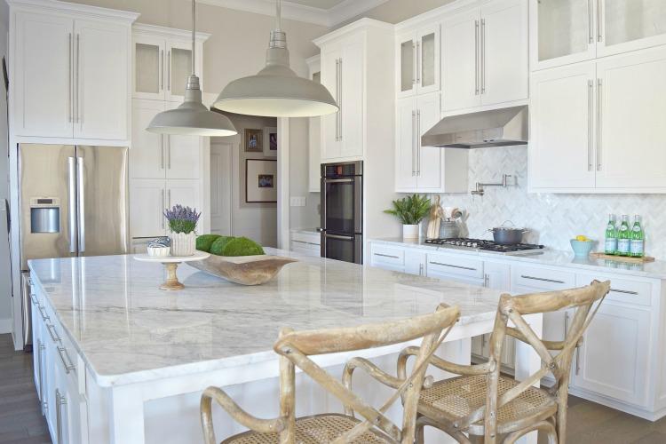white-modern-kitchen-zdesignathome