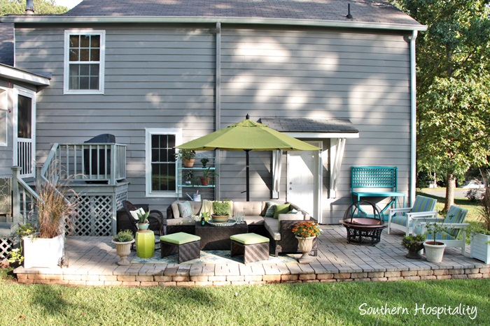 outdoor patio space with umbrella005