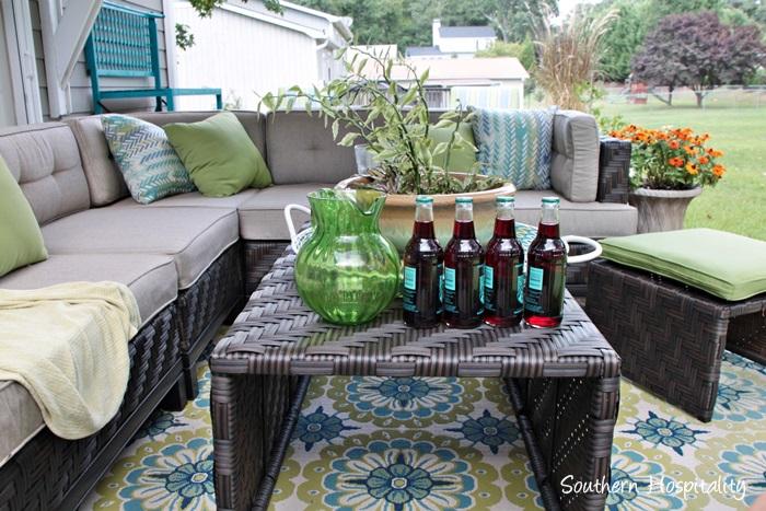 outdoor patio space with umbrella020