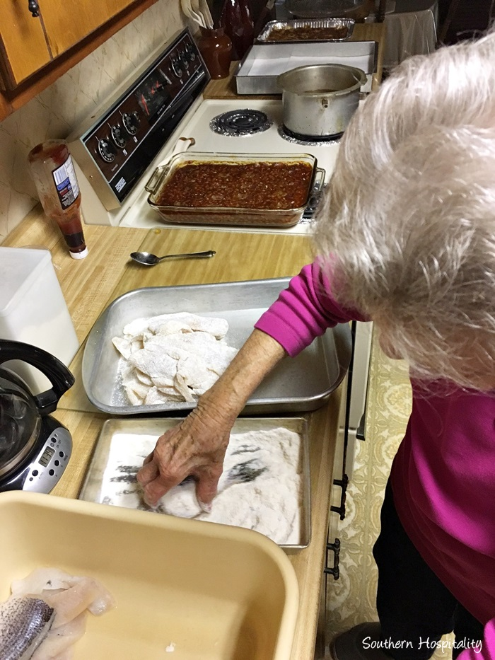 family-fish-fry-mountains004