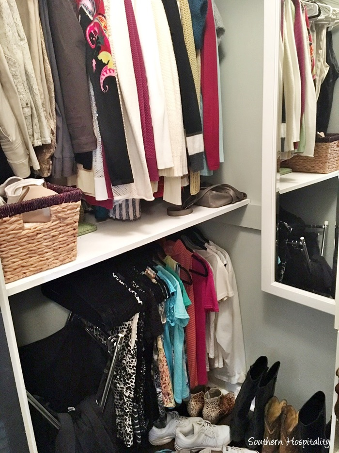 small-closet-organization006