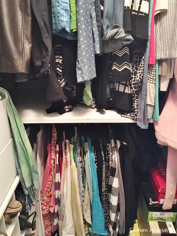 small-closet-organization008