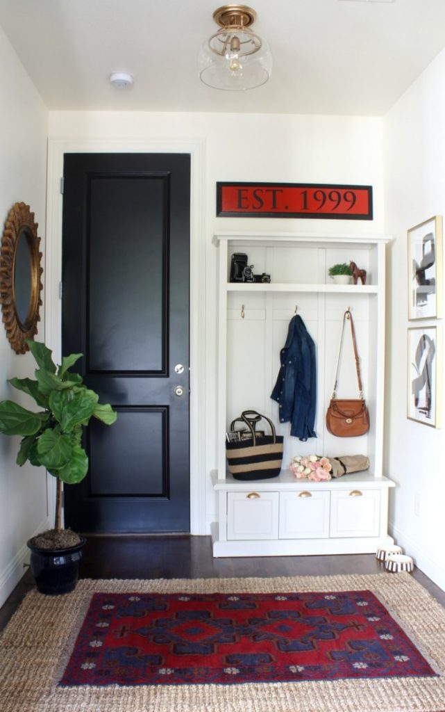 mudroom-from-lounge-1