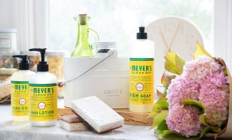 Grove Collaborative:  Free Cleaning Supplies