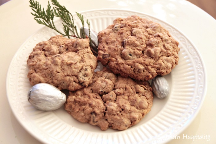 chocolate-chip-oatmeal-cookies001