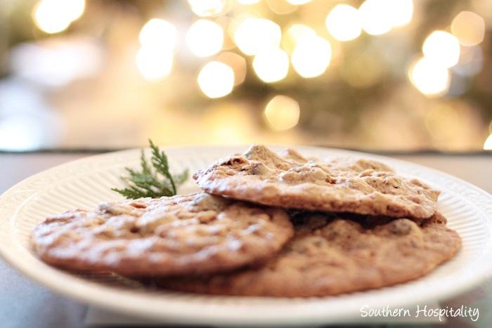 Chocolate Chunk Oatmeal Cookies - Southern Hospitality
